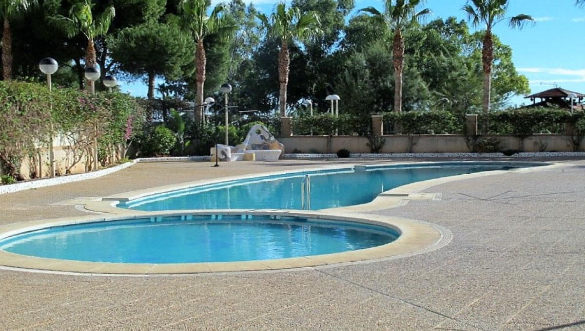 piscina-apartamentos-marina-dor-a00924