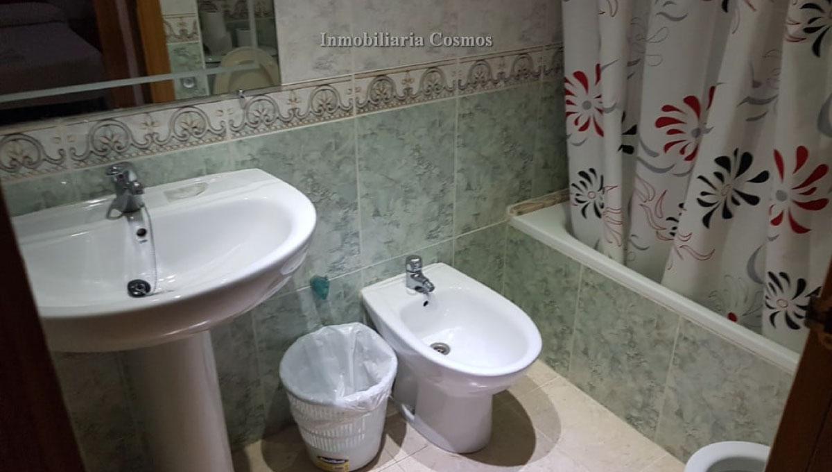 baños-apartamento-en-marina-dor-a01329