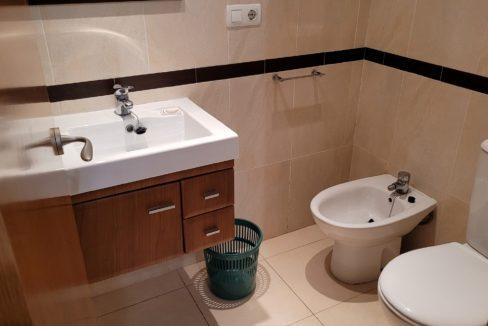151 apartamento con 2 baños