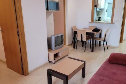 171 apartamento con 2 baños
